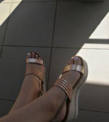 SNIŽENJE! Sandale na punu petu