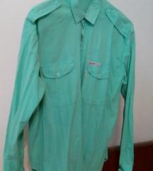 Zelena košulja dugih rukava