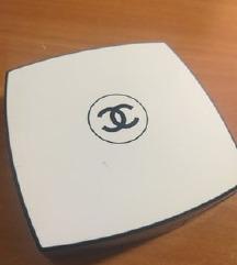 Chanel Ogledalo sa Kisticem