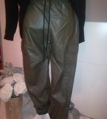 Kožne hlače zelene