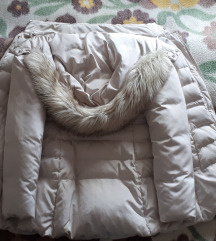 Pernata zimska jakna ZARA
