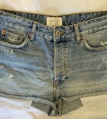Bershka vintage kratke traperice