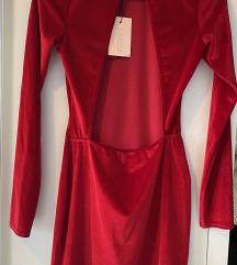 Nova crvena baršunasta haljina otvorenih leđa