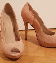 Njezno roze cipele