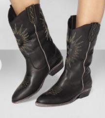 Nove kozne cizme Catarina Martins 39