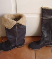 8. Sive Timberland čizme,40-41