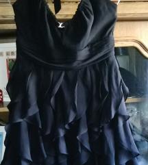 Svecana crna bogata haljina na volane M