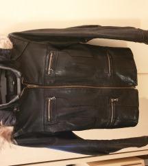 Kozna jakna placena 4500kn