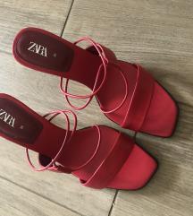 Zara crvene KOZNE natikace/sandale