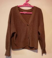 H&M smeđi džemper na gumbiće