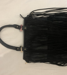 Crna kozna torba