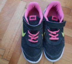 Nike tenisice 34  sniženo