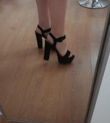 Sandale na petu broj 39