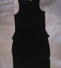 Različite crne haljine