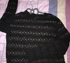 Crna cipkasta majica