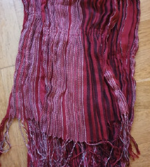 Crvena marama/šal
