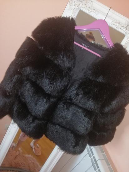 Crna bunda