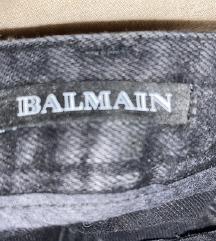 Balmain traperice
