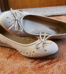 Potpuno nove balerinke