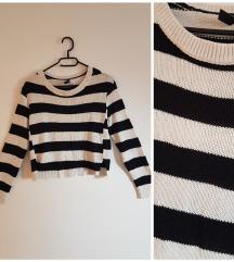 Prugasti pulover