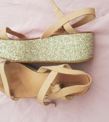 !!SNIŽENO!! 50 KN sandale Zara platforma