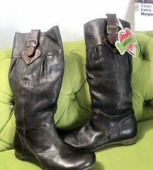 Najnovije kožne čizme 39