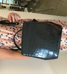 Crna kožna torba - klasik