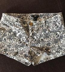 H&M vruće hlačice (30 kn)