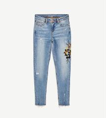 Zara popularne cvjetne traperice
