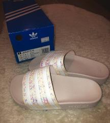 Adidas papuce
