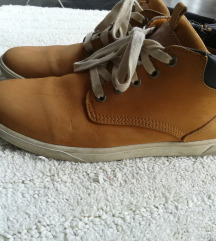 Visoke tenisice - cipele - sada 150kn