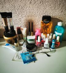 Lot sminke I kozmetike