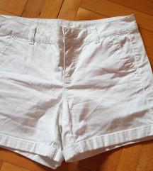 beneton kratke hlače vel 38