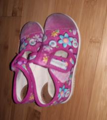Dvoje ciciban papuce