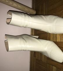Zara bijele cizme