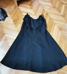 Crna haljina s krilima