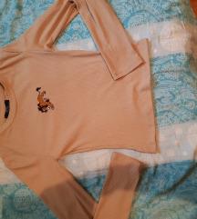 Prodaja/zamjena Bershka lion king majica