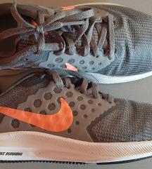 Nike,tenisice za trčanje,38 manji kalup(37))
