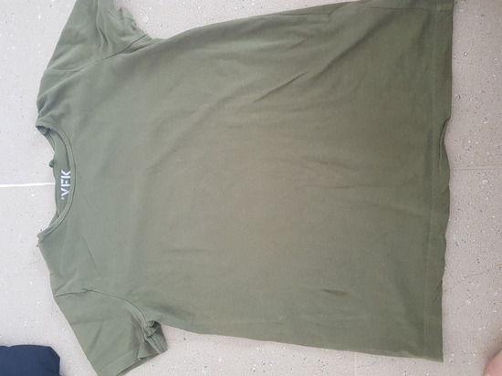majica maslinasto zelena    S Xs 146 152158 164