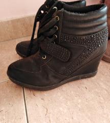 Cipele/tenisice na punu petu