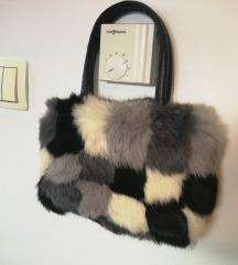 TerraNova mala krznena torbica