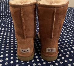 Ugg classic brown ✨🤎