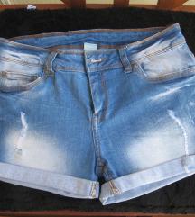 Kratke traper hlače vel.164