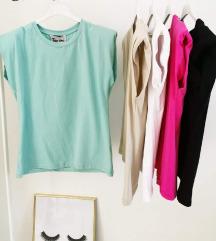 Pink majica nova