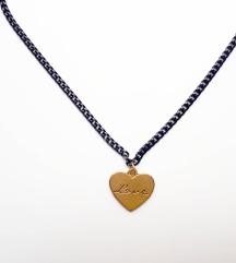 Ogrlica srce love
