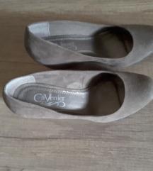 Kao nove, smeđe cipele