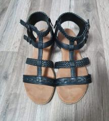 Graceland crne sandale