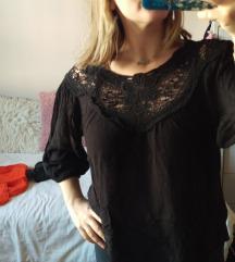 Crna cipkasta majca
