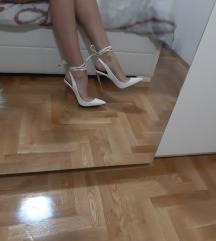 Bijele stikle