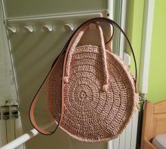 Prekrasna h&m torbica